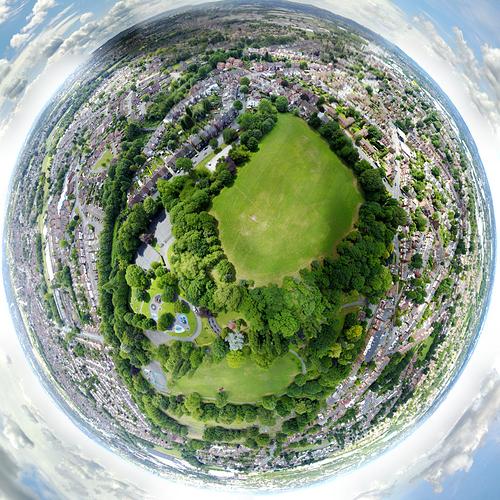 Tiny-Planet_0000